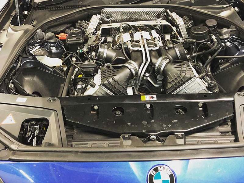 BMW-Engine.jpg